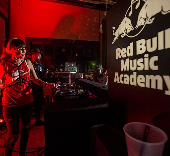 Red-Bull-Music-Academy-invitado-de-honor-en-el-Bogota-Music-Market-2017